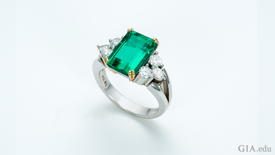 Emerald Ring Daoud